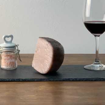 <h5>Pecorino Cheese With Chianti Wine.</h5>