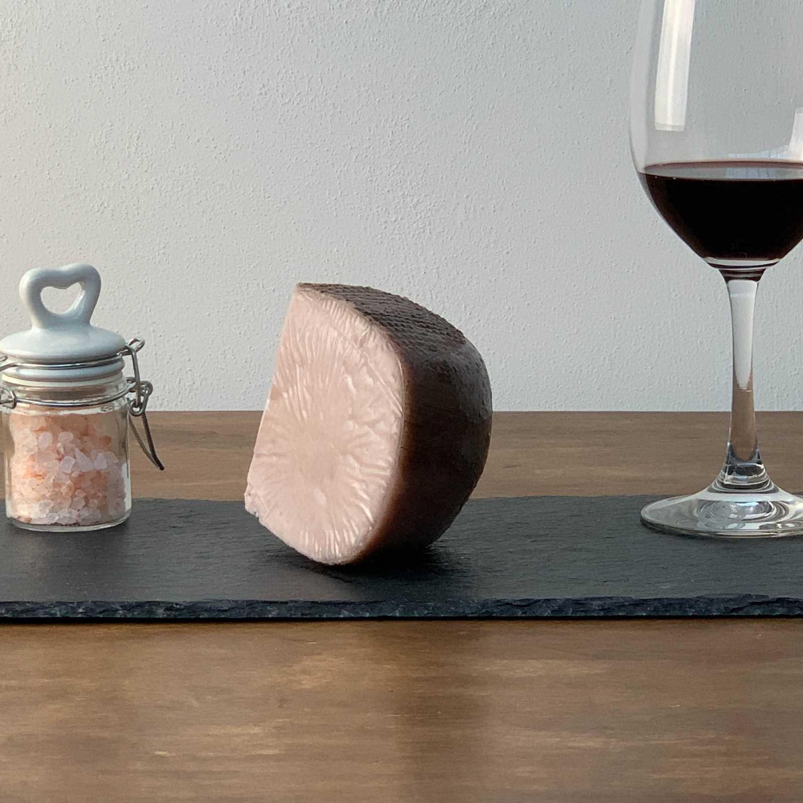 Pecorino-Käse Mit Chianti-Wein.
