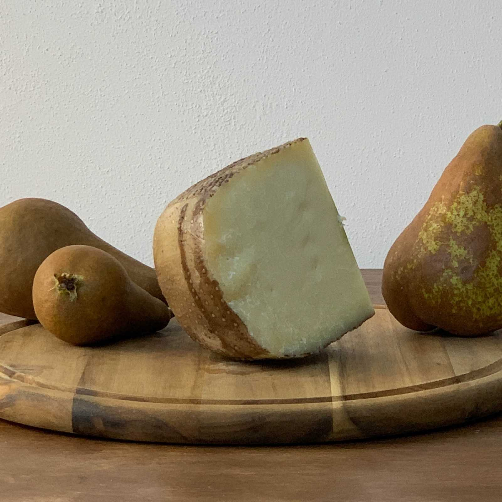 Pecorino Cheese With Pears.