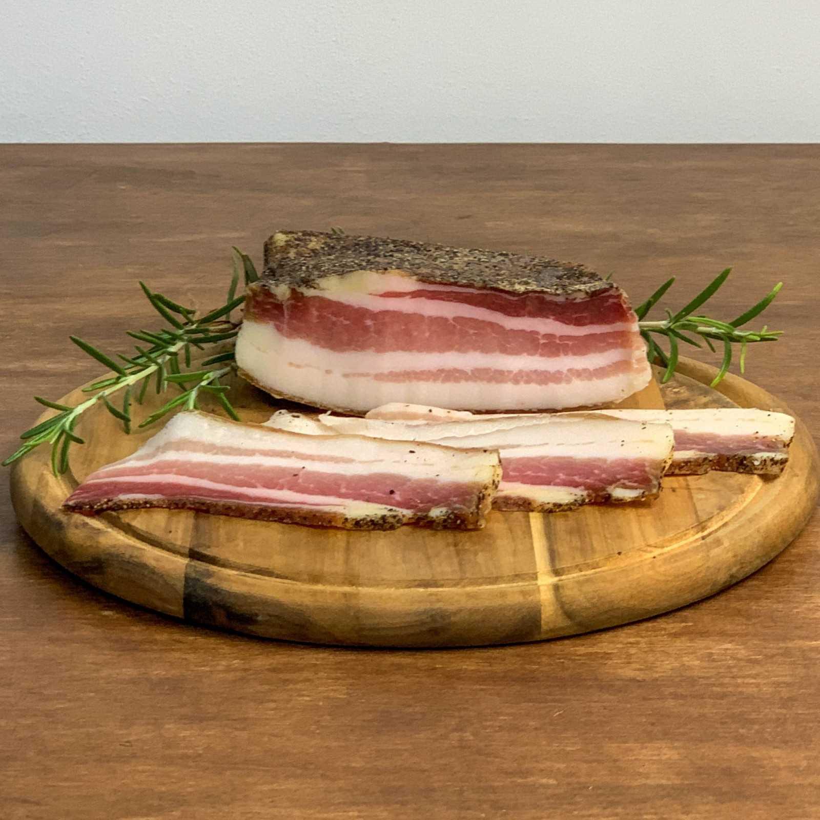 Gereifter Rigatino (toskanischer Speck) aus toskanischem wilden Schwein - Filiera Valdichiana.