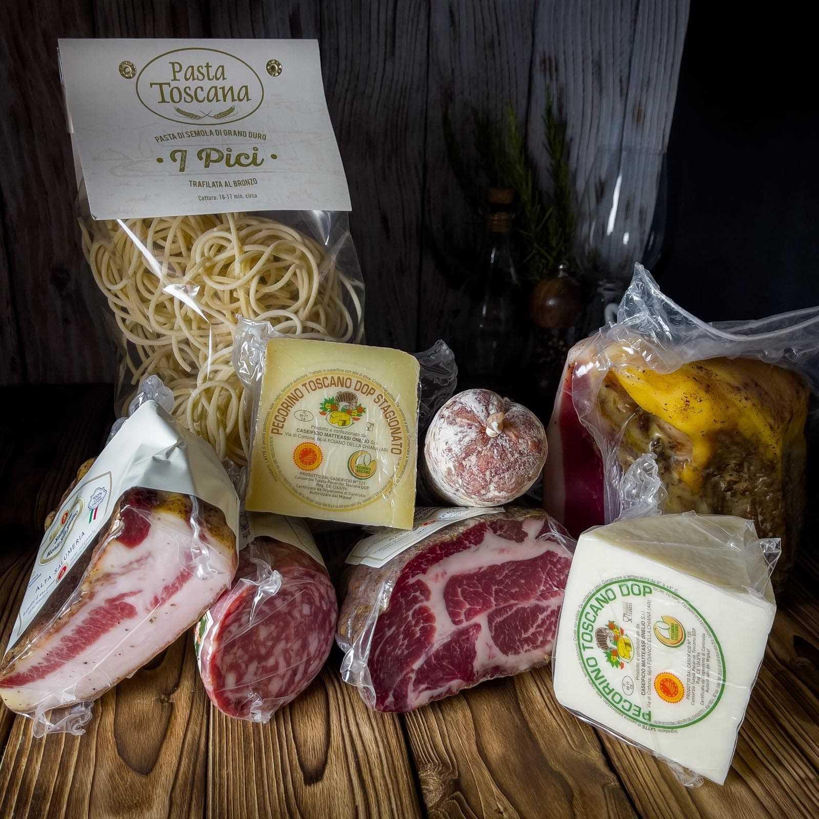 Verkostungsbox mit einer Auswahl typischer toskanischer Produkte